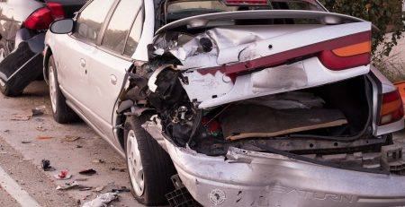 When to Hire a Lawyer for a Car Accident Claim